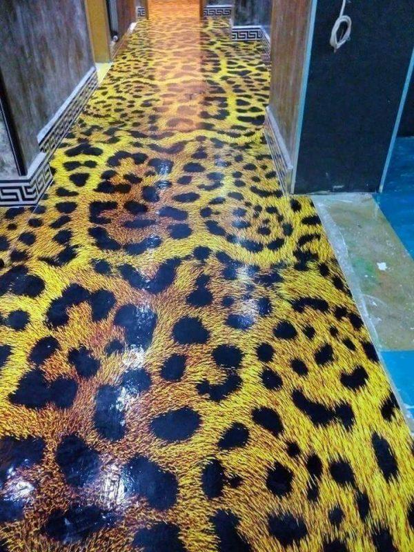 Porcelanato Líquido Desenhado Animal Print Oncinha